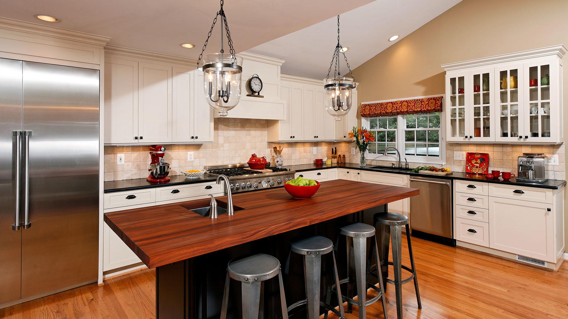 Kitchen 251