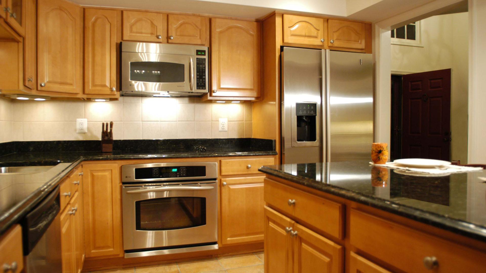 Kitchen 23 Gallery