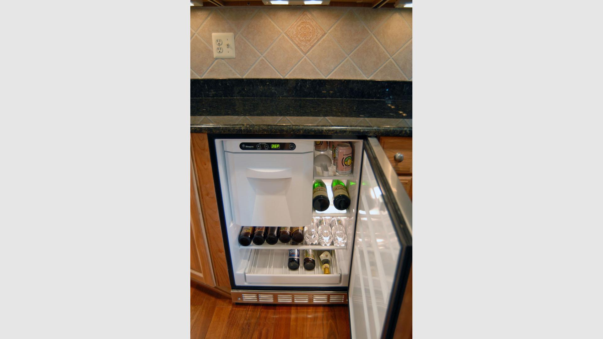 Kitchen 63 Gallery