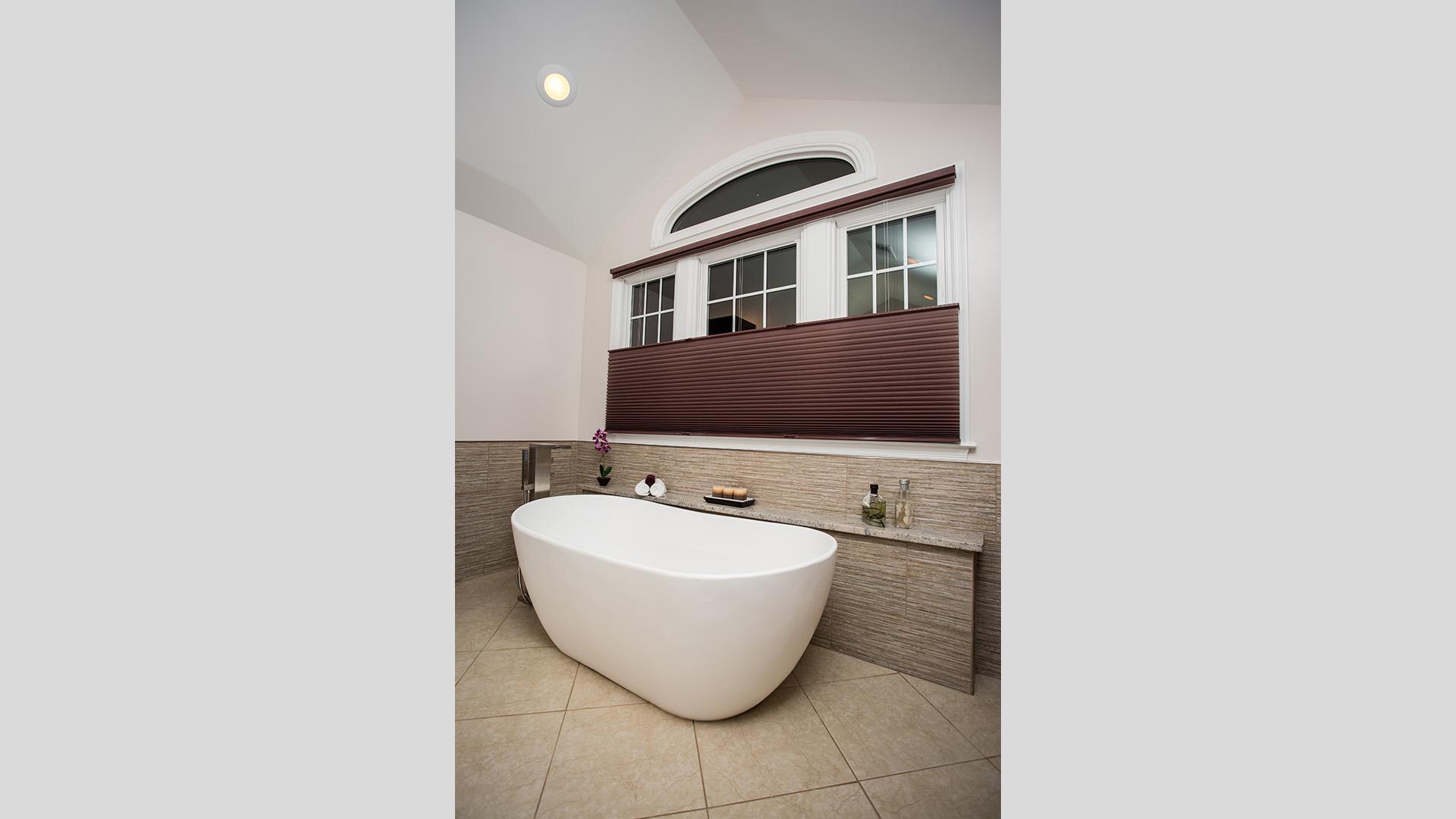 2016 National NARI CotY Southeast Regional Award Winner, Residential Bath $50,001 to $75,000