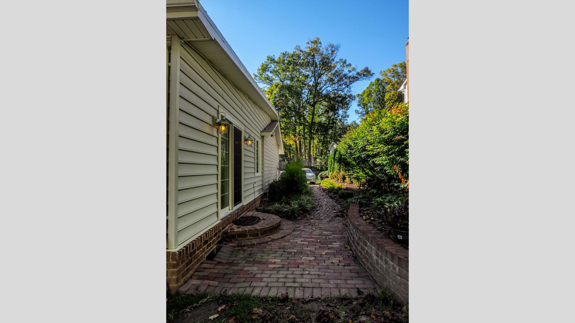 2015 NARI Capital CotY Merit Award Winner, Residential Addition Under $100,000