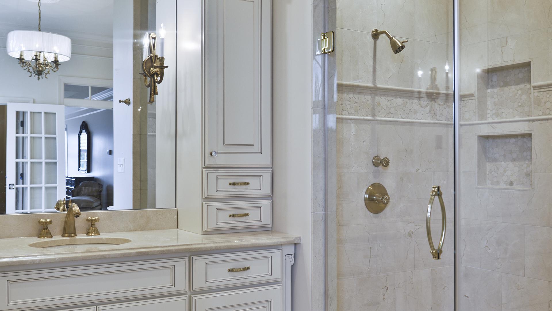 2018 NARI Capital CotY Grand Award Winner, Residential Bath Over $100,000