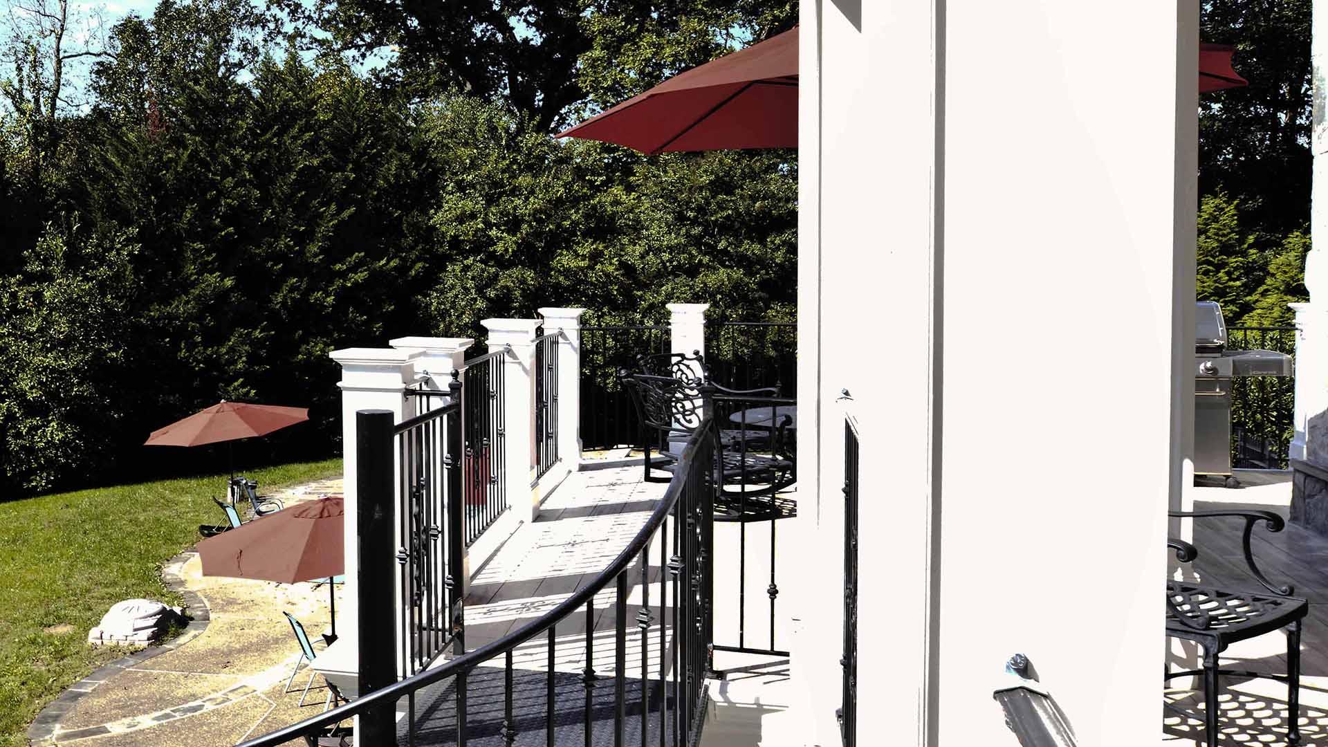 2018 NARI Capital CotY Merit Award Winner, Residential Exterior Over $200,000
